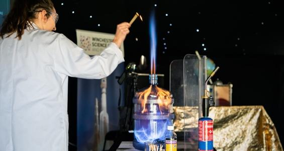 009_winchester-science-centre_satellite-show_02092018_dsc_2705_-harvey-mills